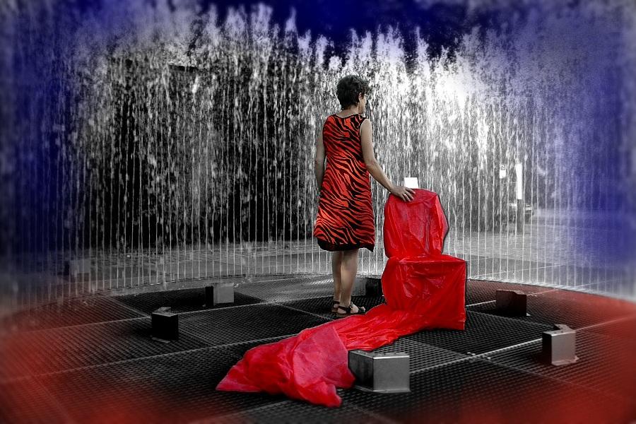 Red Chair Shooting / Ch. Kreiling