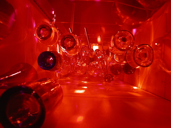 red glas tunnelway