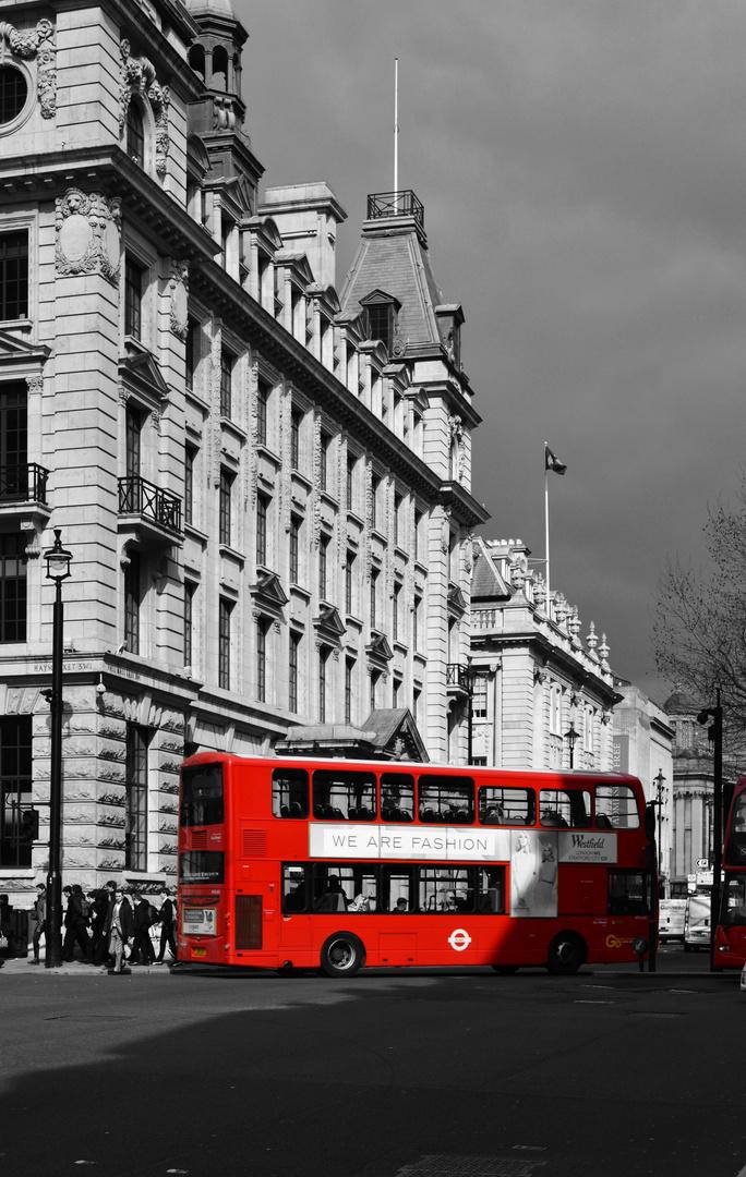 Red hot Chili Bus