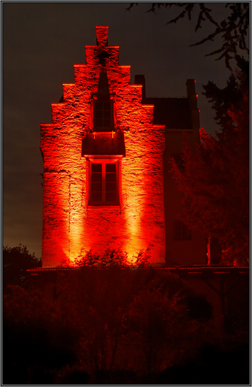 Red Illuminatione