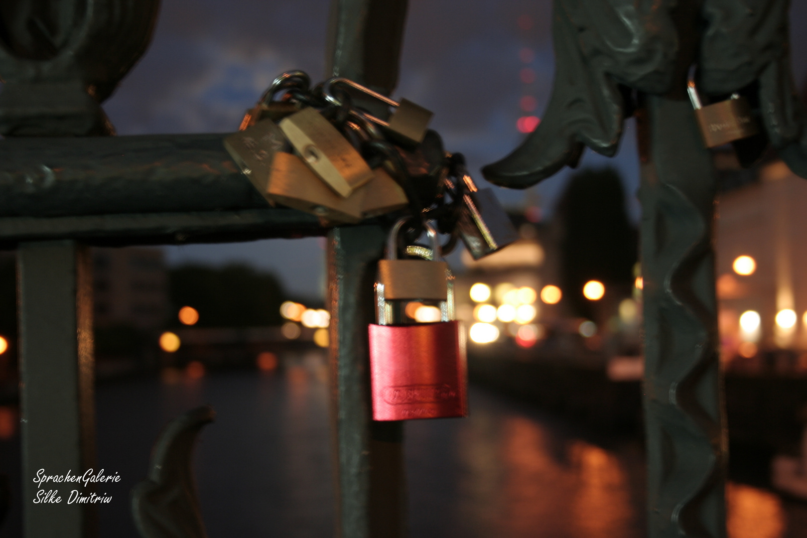 Red Lock - Red Love