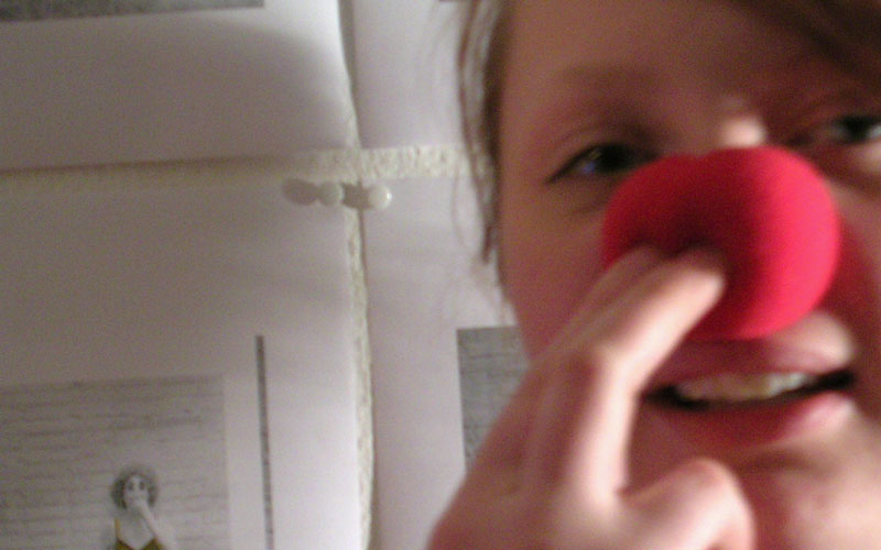 red nose suethousandandfive.