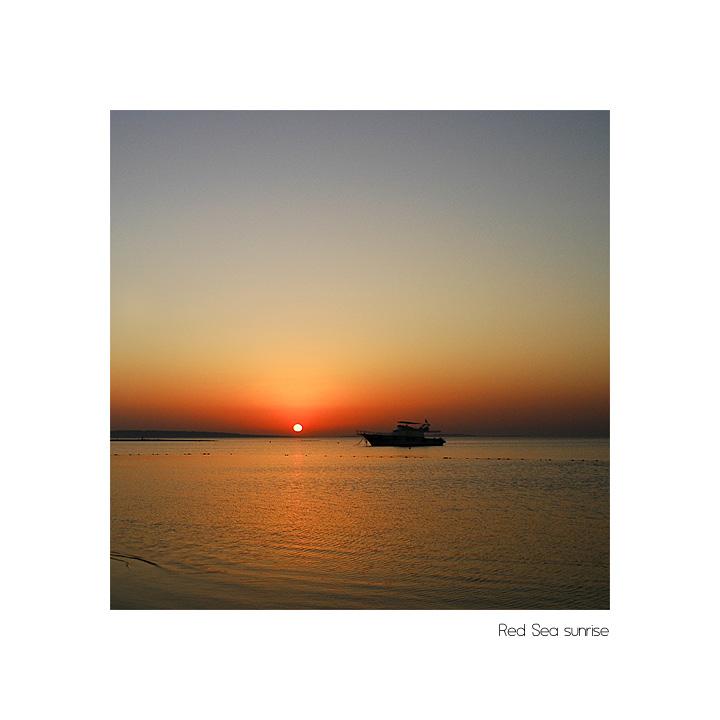 Red Sea sunrise V (reload)