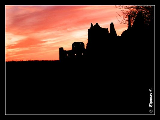 Red sky on the castle