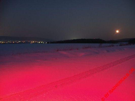 Red Snow Light