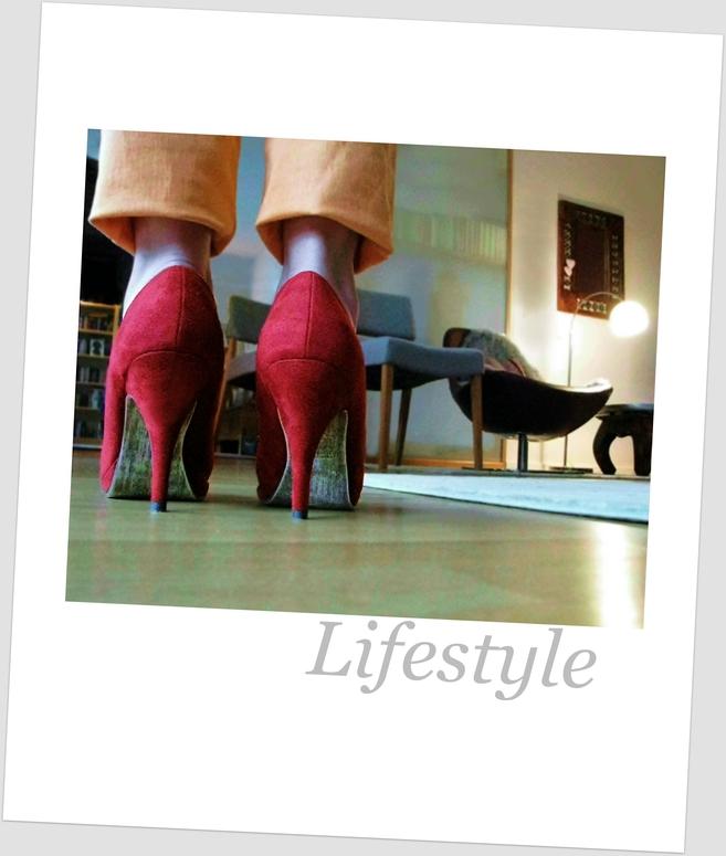 red velvet heels