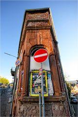redhouse-corner
