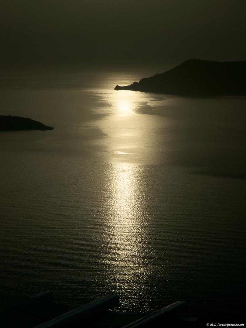 Reflet d'or sur la mer