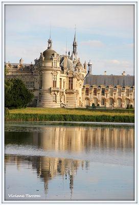 reflet du chateau sur l'eau