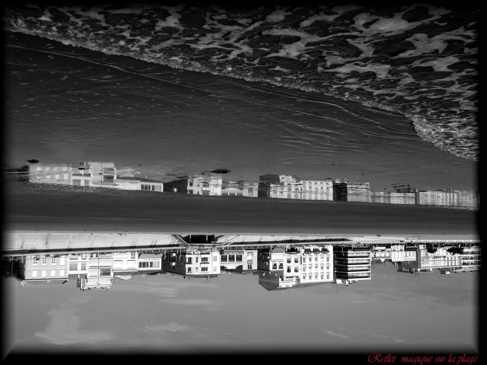 Reflet magique sur la plage