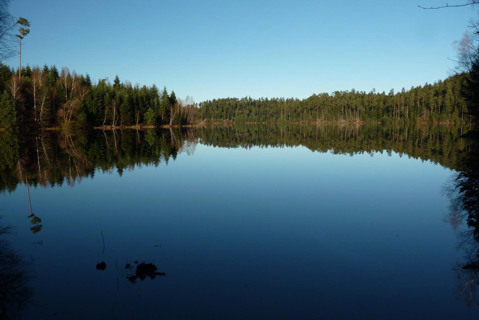 Reflet sur le lac de Pierre-Percée