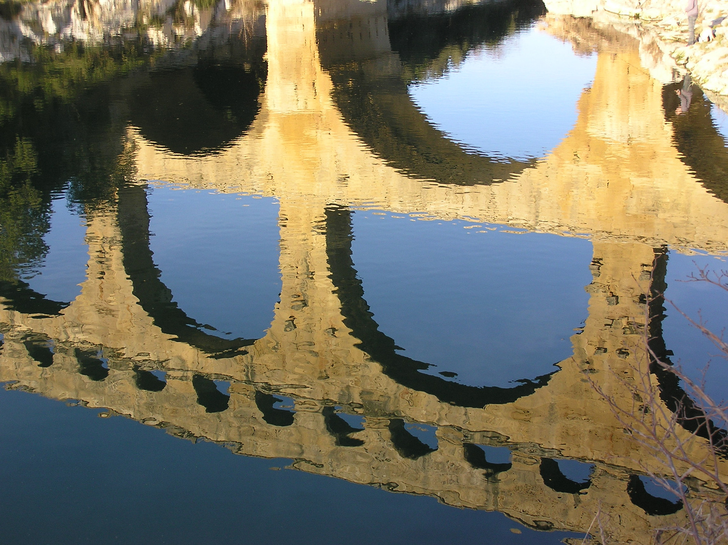 reflets aqueduc romain pont du gard