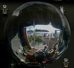 Reflets dans la boule
