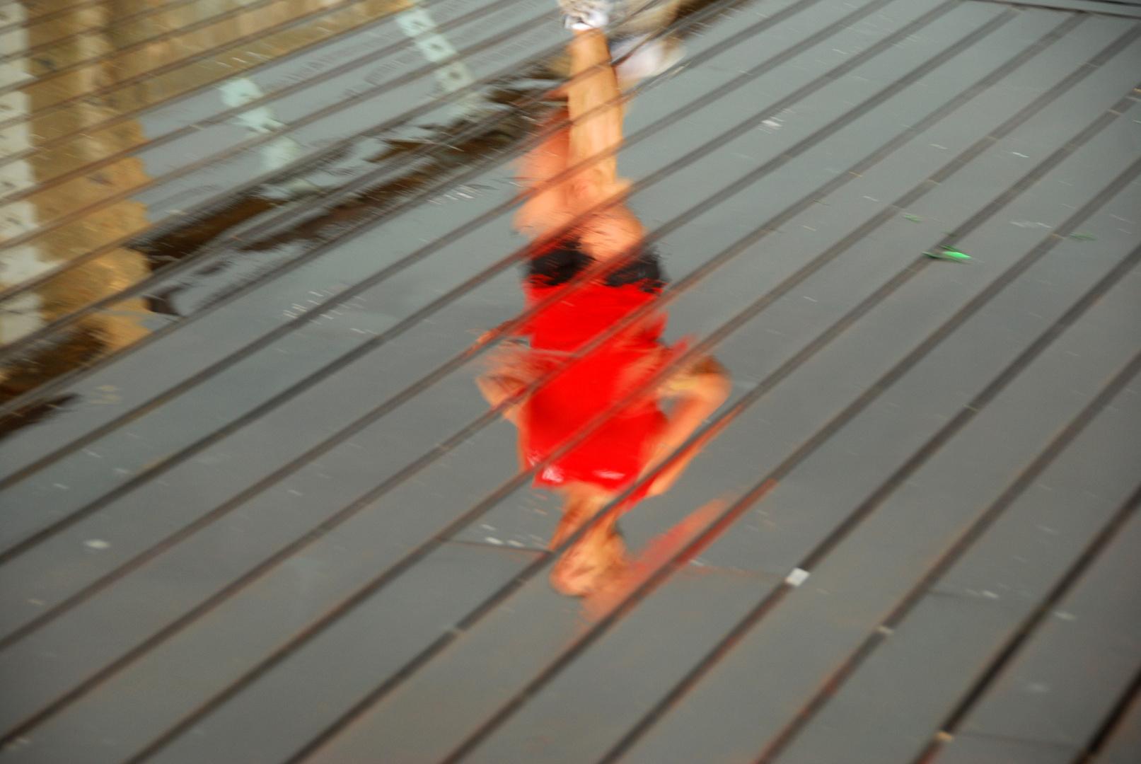 reflets, par un jour d'orage au port de Tel Aviv