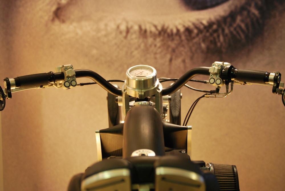 regard sur la moto