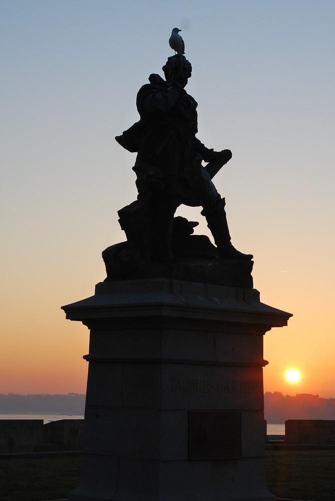 regard sur le coucher de soleil