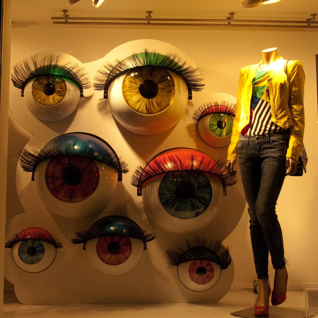 regards multiples