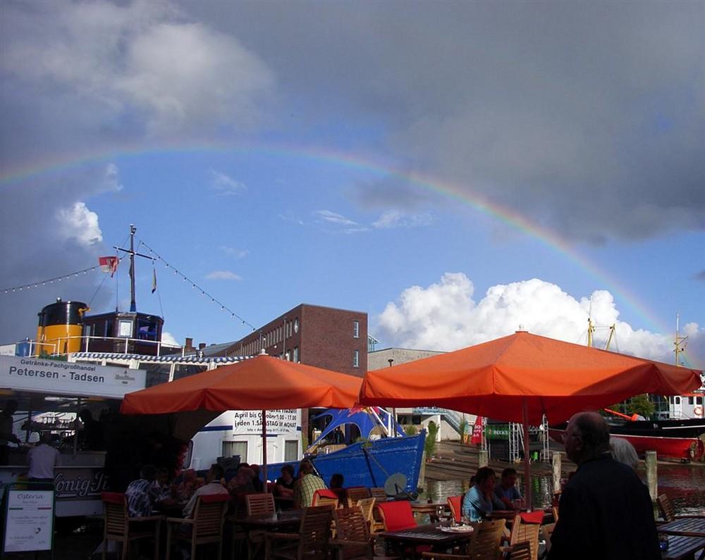 Regenbogen bei den Husumer Hafentagen