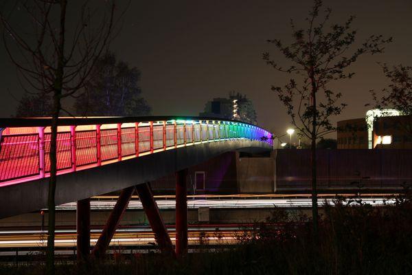 Regenbogen-Brücke
