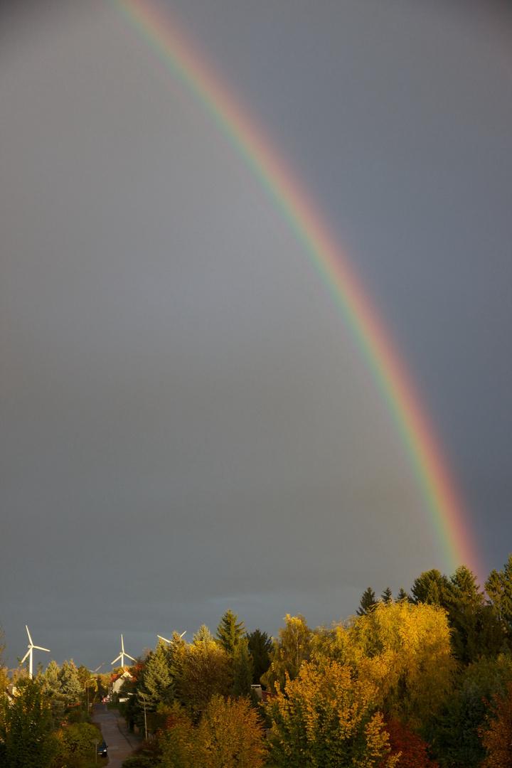 Regenbogen im Abendlicht