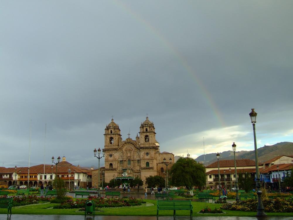 Regenbogen in Cuzco