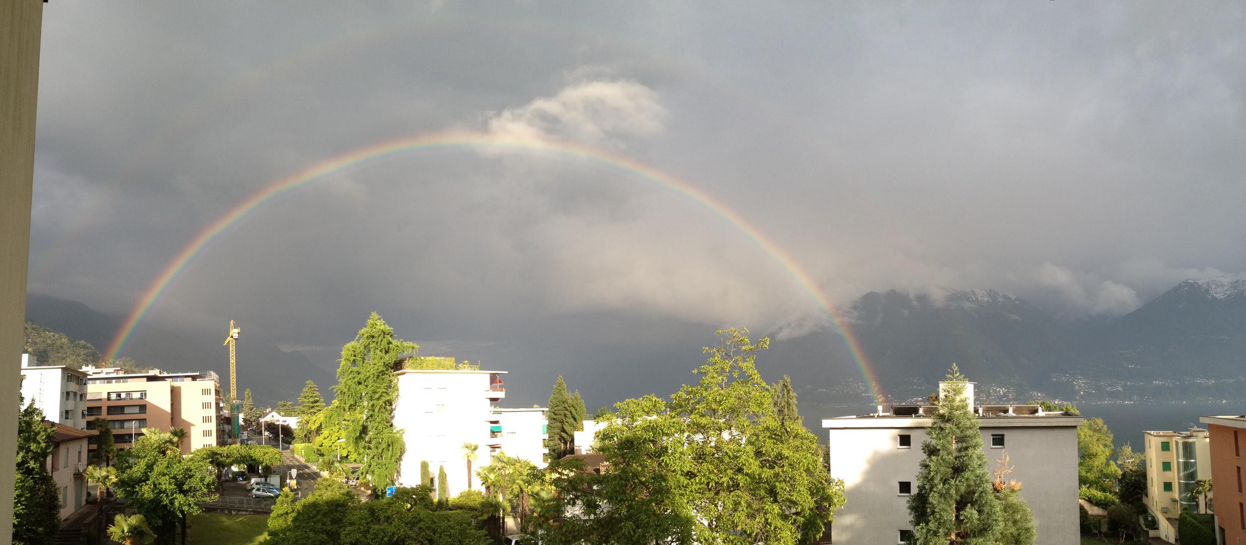 Regenbogen in Tessin