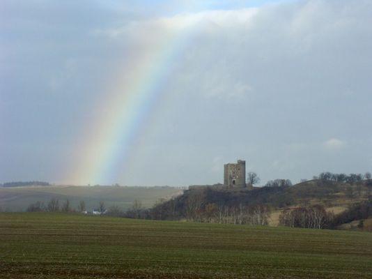 Regenbogen über dem Arnstein