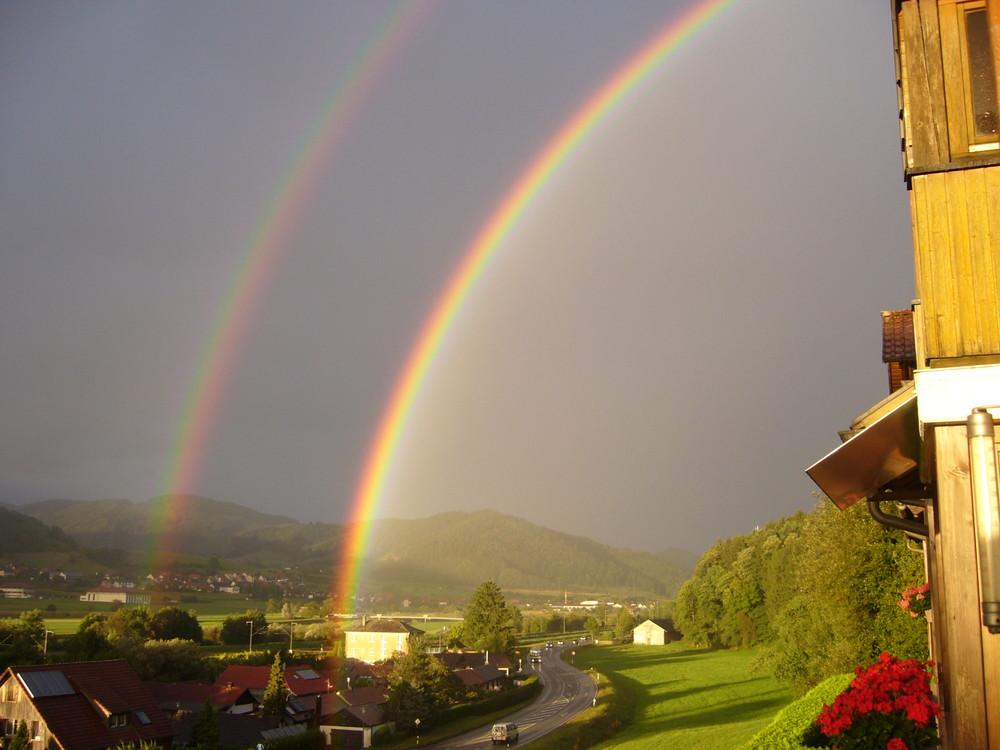 Regenbogen über dem Kinzigtal bei Haslach