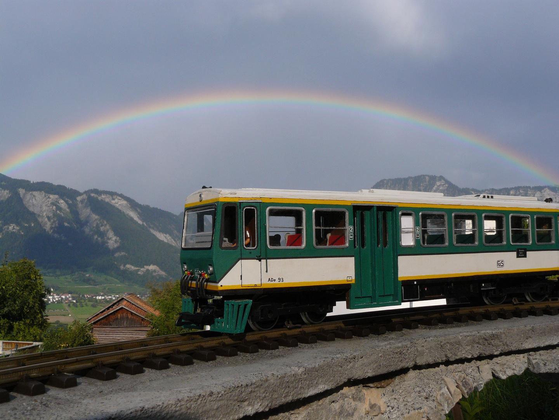 Regenbogen über dem Tor zu Graubünden