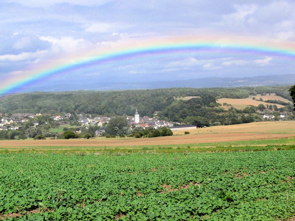 Regenbogen über der Eifel