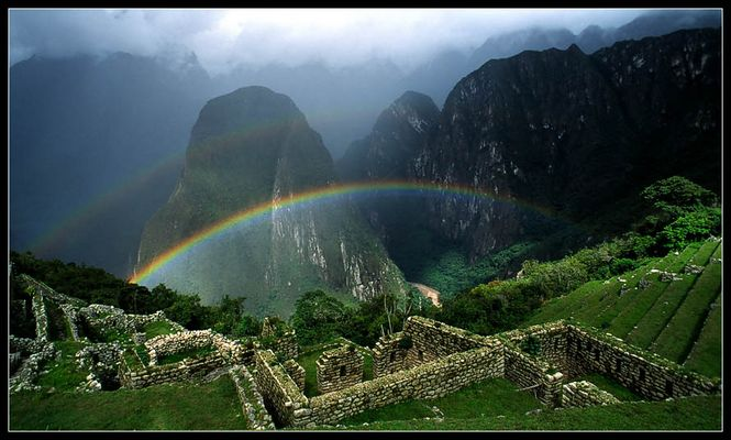 Regenbogen über Macchu Picchu II