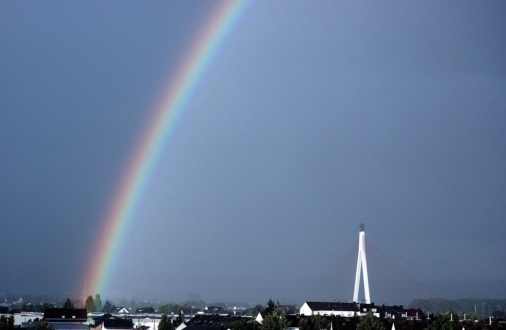 Regenbogen über Neuwied
