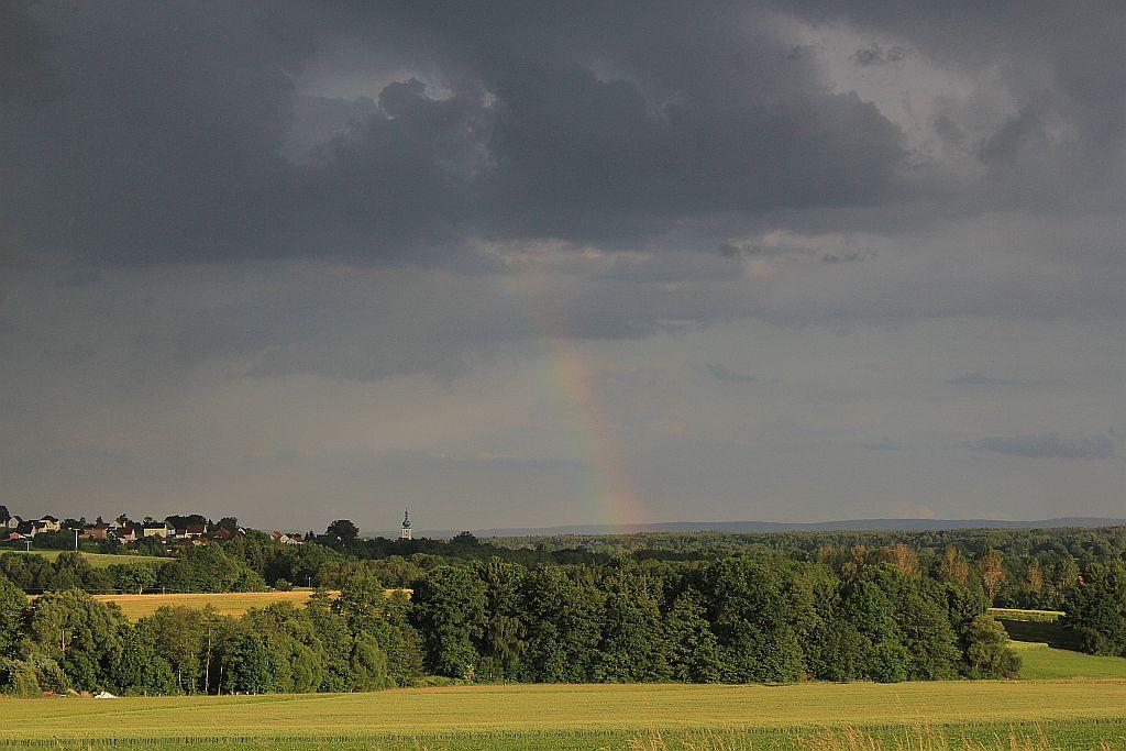 Regenbogen über Pressath