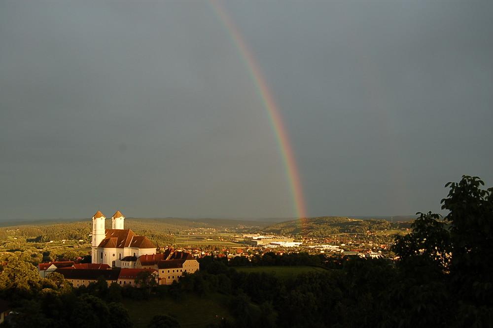 Regenbogen über Weizberg RELOAD