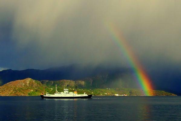 Regenschauer am Fjord