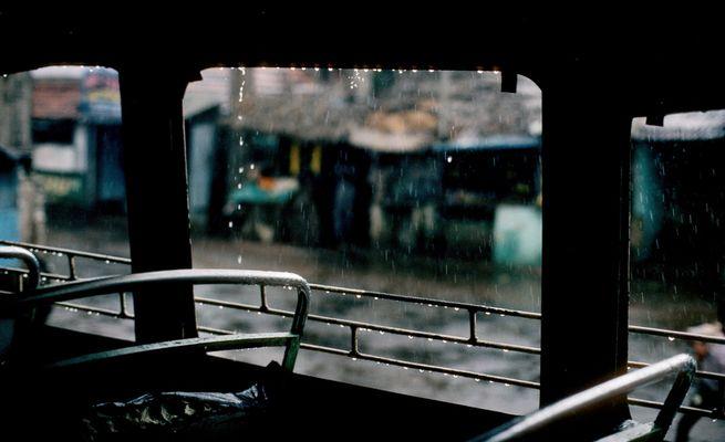 [ … Regenschutz ]