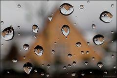 Regentropfen die an mein Fenster klopften...