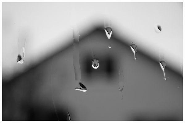 Regentropfen mit Spiegelung