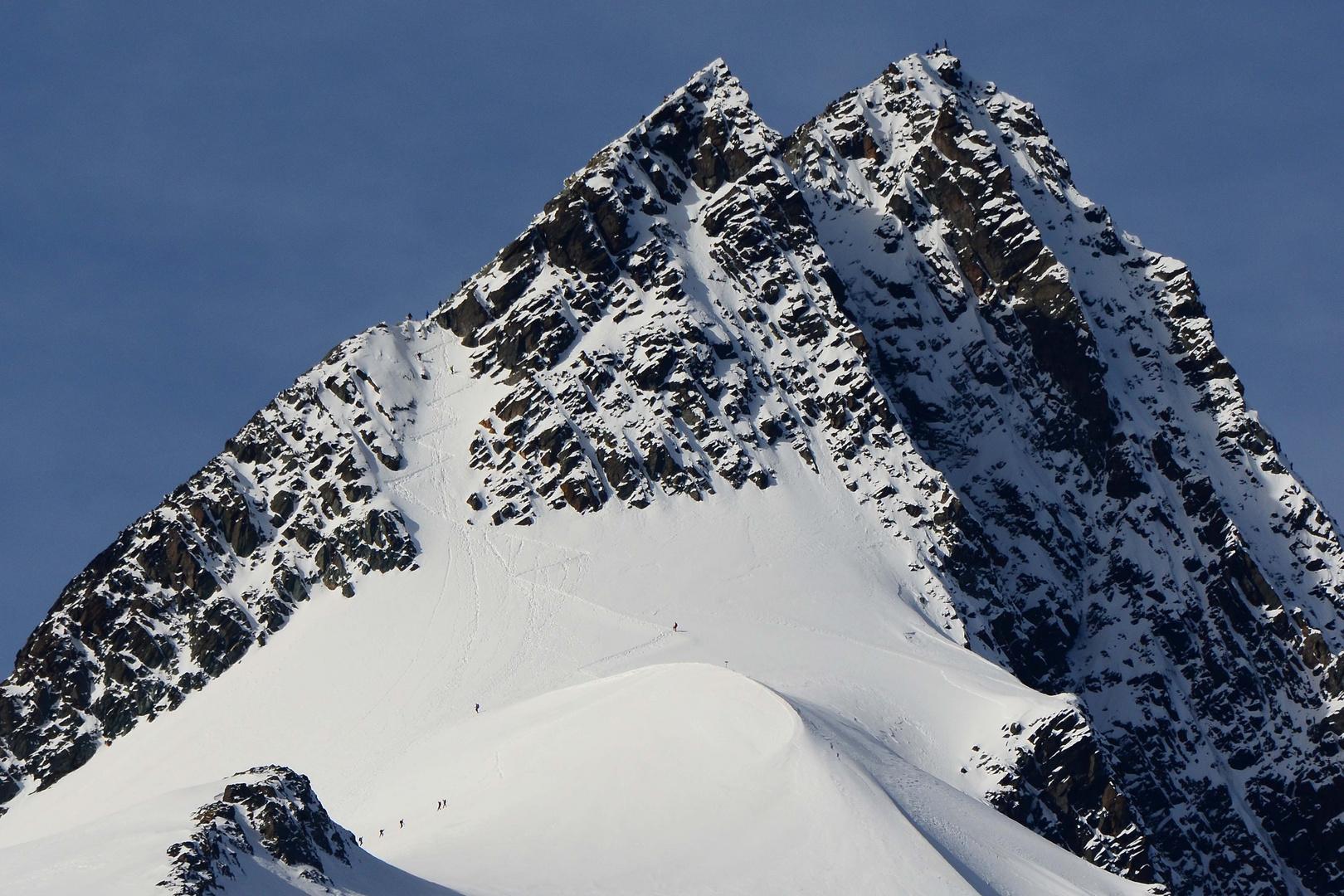 Reges Treiben am höchsten Berg Österreichs - Der Großglockner 3798m