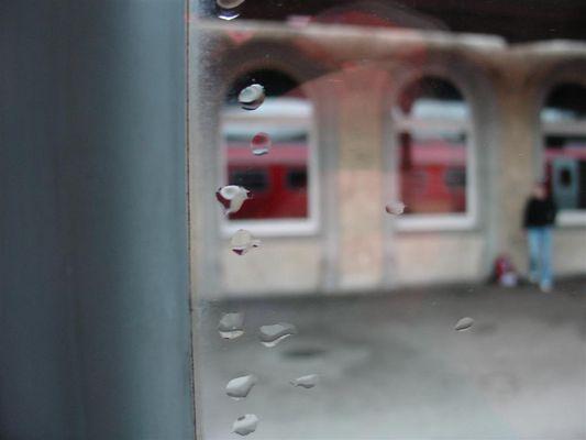 regnen und warten