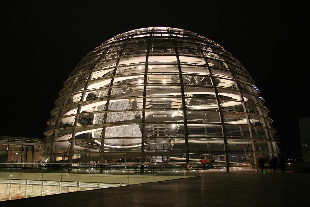 Reichstag bei N8