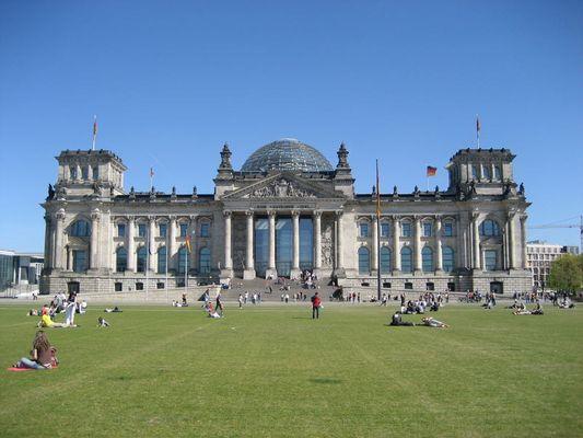 Reichstag im Frühling