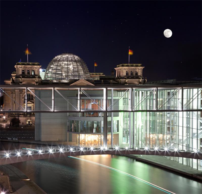 Reichstag mit Bundestag