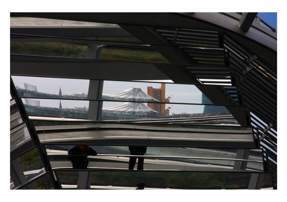 Reichstag und Sony-Center
