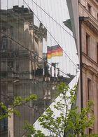 Reichstag von der Dorotheenstraße gesehen