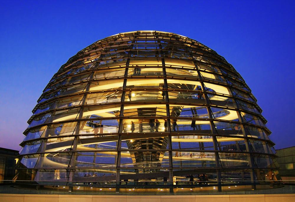 Reichstagskuppel Foto & Bild | architektur, architektur ...  Reichstagskuppe...