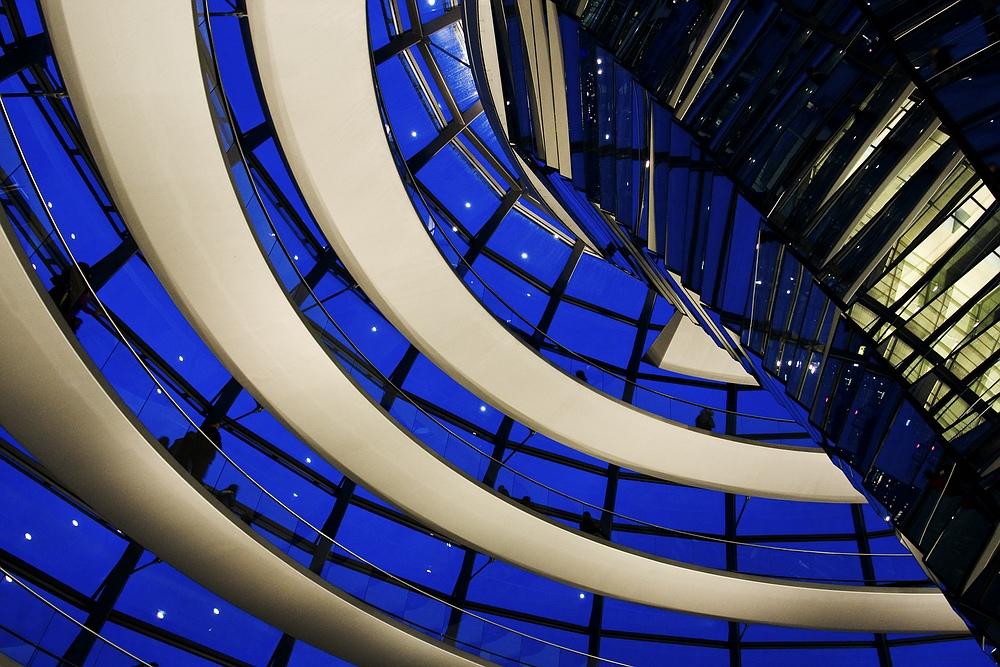 Reichstagskuppel, der Himmel über ...