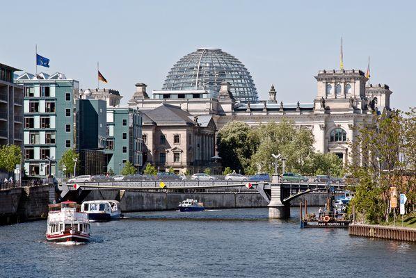 Reichstagsufer