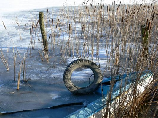 Reifen im Eis
