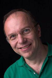 Reinhard J. Müller